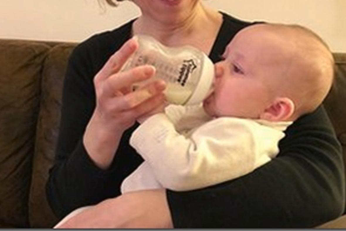 Donner du lait maternel humain